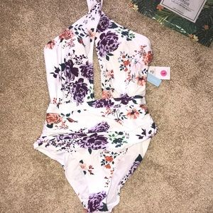 Cupshe large one piece wrap floral swimsuit NWT